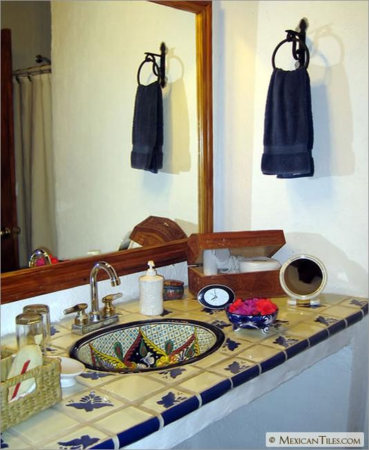 Bathroom countertop with fly talavera mexican tile - Bathroom tiles talavera ...